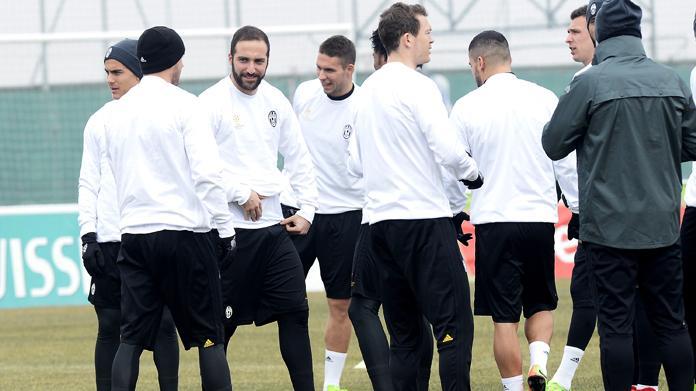 Juventus, problema alla coscia per Chiellini: in dubbio per Bologna