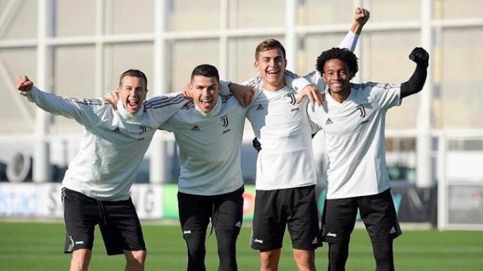Allenamento Juve: squadra in campo al mattina verso il Milan