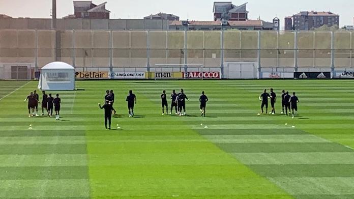 Siano: il giovane portiere si allena con Buffon e Szczesny - FOTO