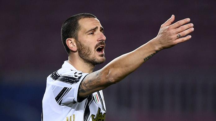 Bonucci dodicesimo uomo: così sprona la Juve dalla panchina